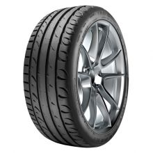 Taurus 245/40R18 97Y ULTRAHIGHPERFORMANCE